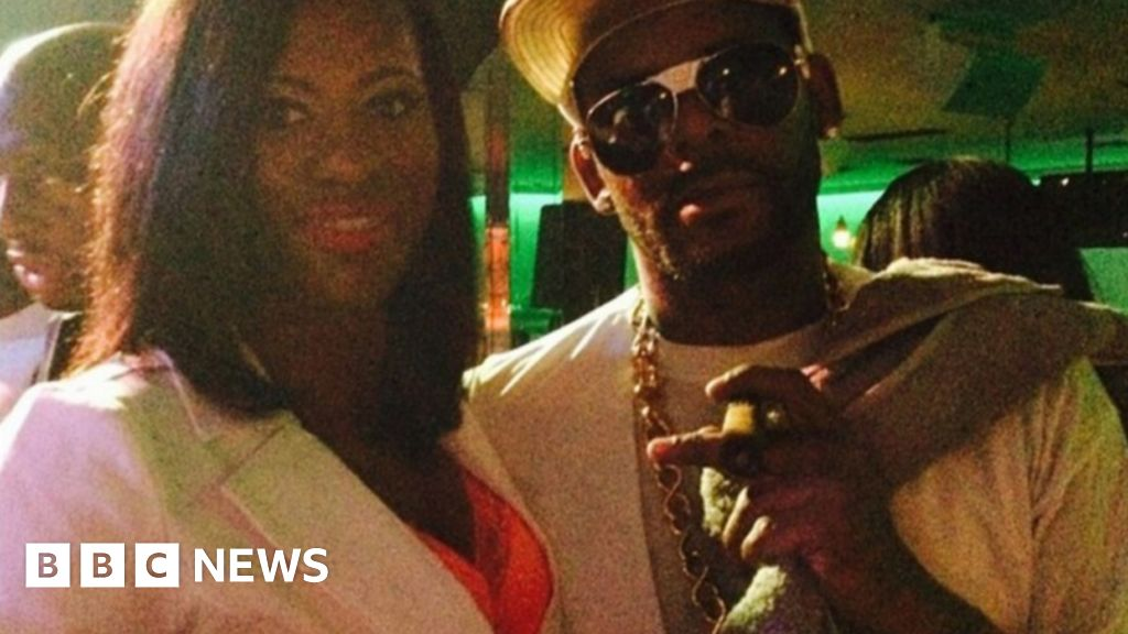'R. Kelly insisted I have a sex trainer' - BBC News 'R. Kelly insisted I have a sex trainer' - 웹