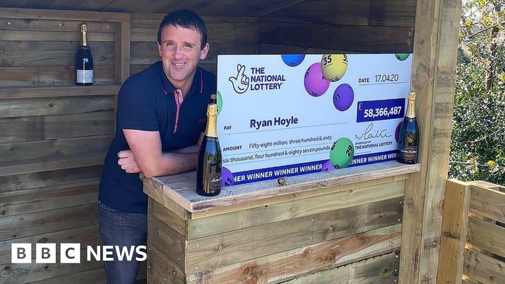 Coronavirus: £58m EuroMillions-winner-social distancing celebrate