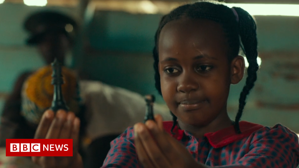 Stars pay tribute to Queen of Katwe child actress