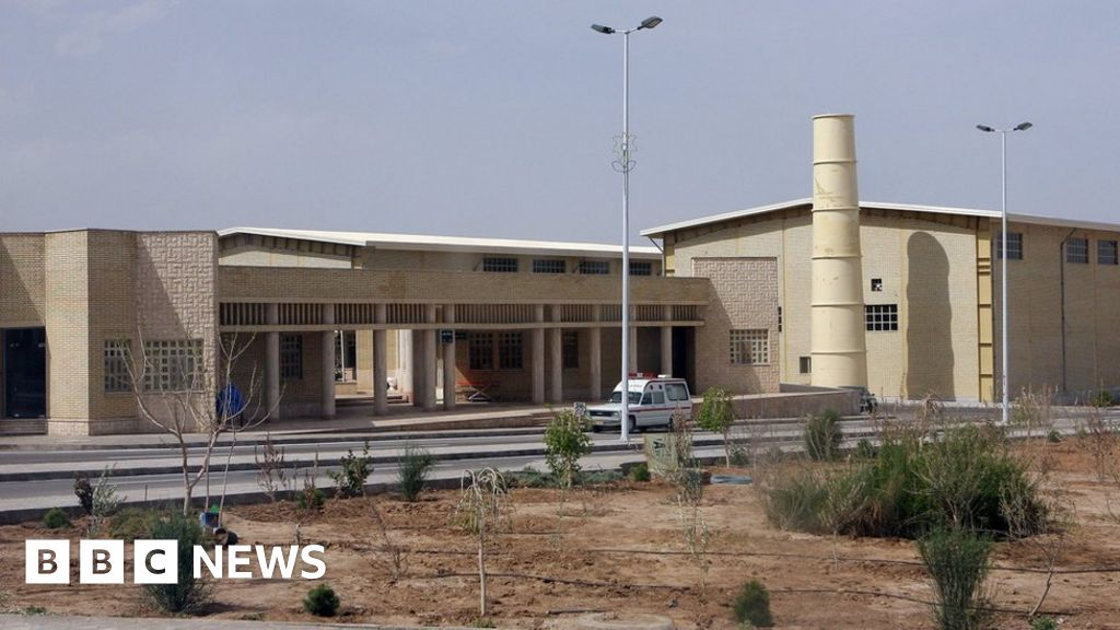 Iran nuclear: 'Incident' at Natanz uranium enrichment facility thumbnail