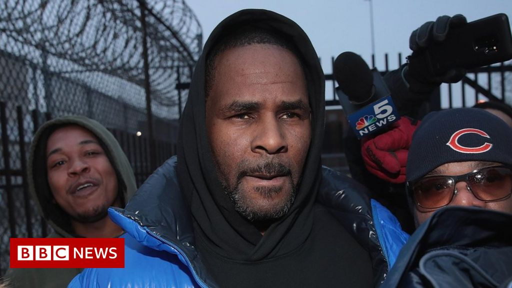 R. Kelly 'arrested on sex trafficking charges'