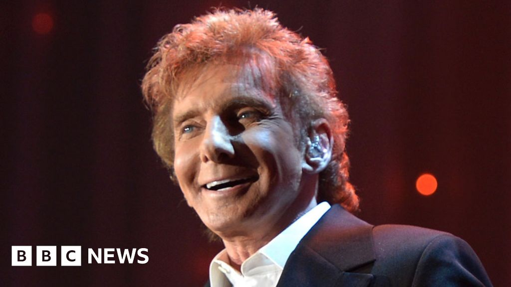 Barry Manilow opens up about sexuality