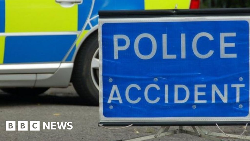 Cyclist, 36, dies after crash on country road