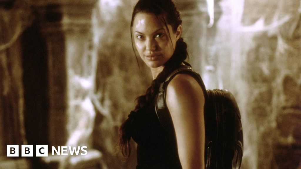 Tomb Raider How Lara Croft Became A Game Changer Bbc News