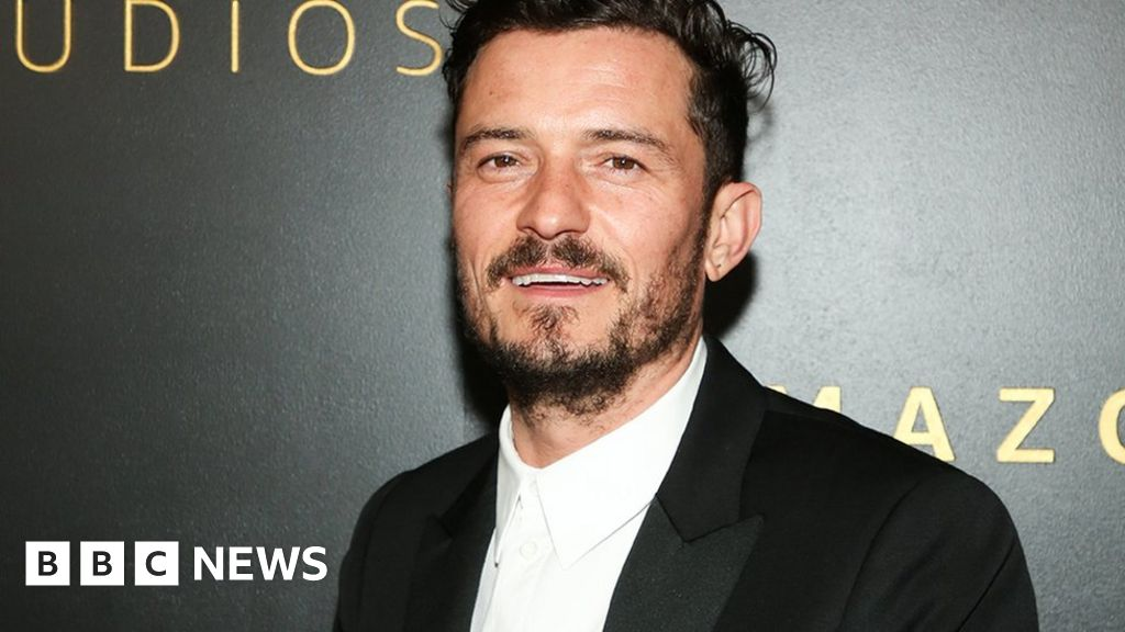 Orlando Bloom fixes incorrect tattoo of son's name