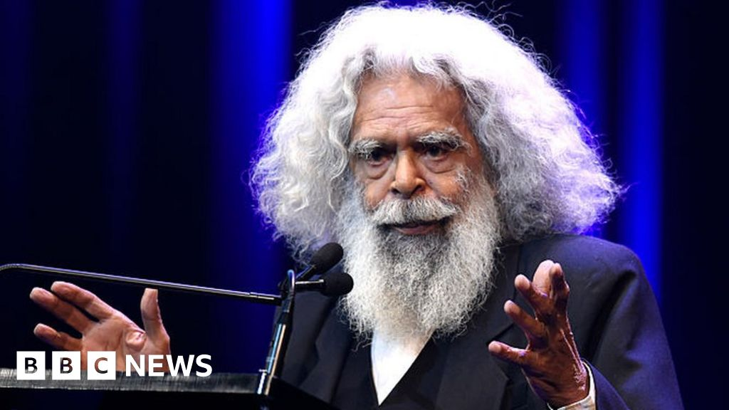 """Jack Charles: """"I would rob collect rent for stolen Aboriginal land"""