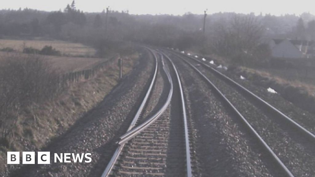Image of the piece of rail struck by train