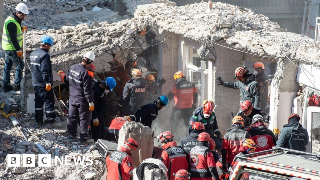 Rescue efforts near end as Turkey quake toll rises