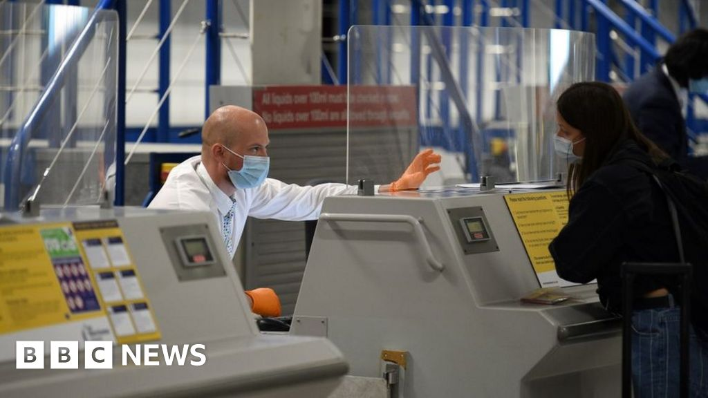 Photo of Portugal changes vaccine rules for UK visitors   BBC News