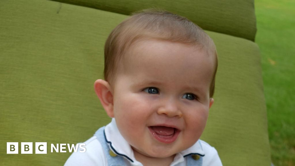 Is my baby too big, or just big? - BBC News