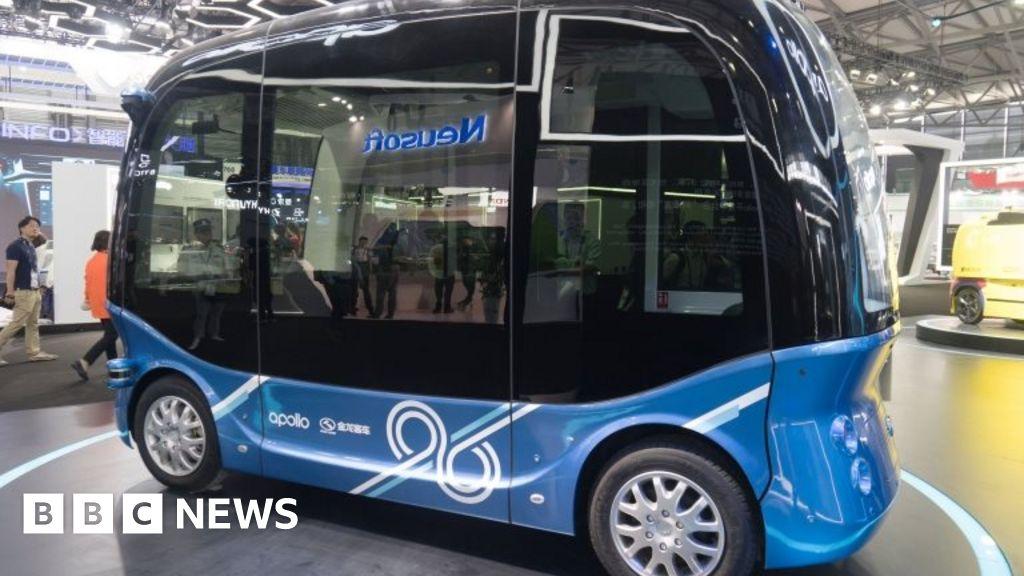 Self-drive buses enter 'mass production'