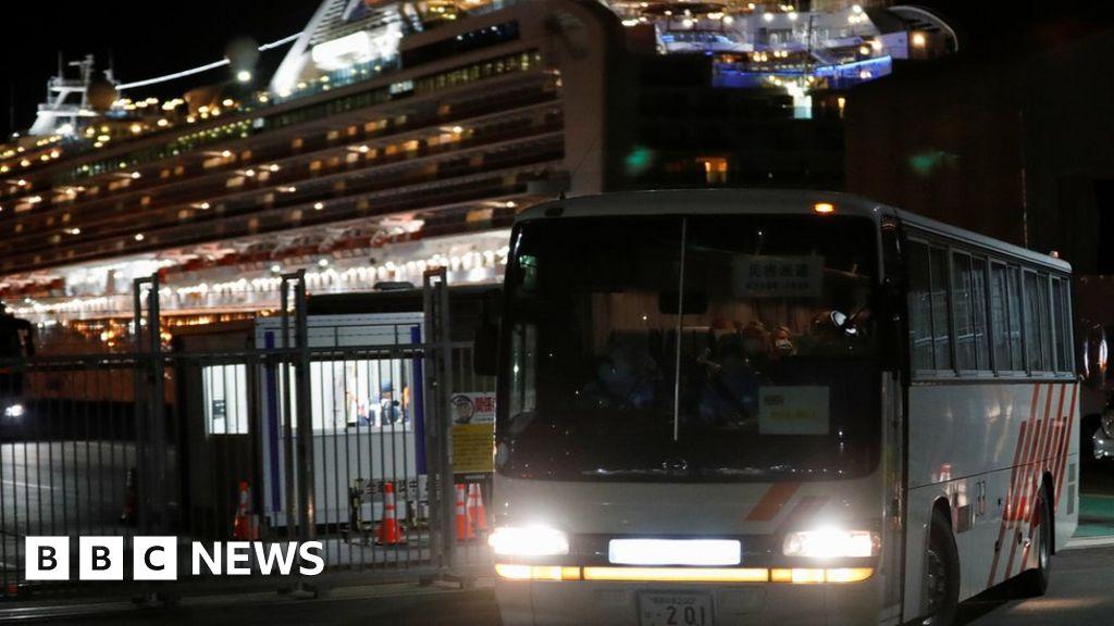 Coronavirus: Repatriation flight for Britons on Diamond Princess delayed
