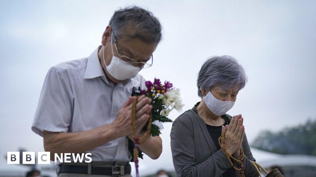 Hiroshima bomb: Japan marks 75 years since nuclear attack - BBC News