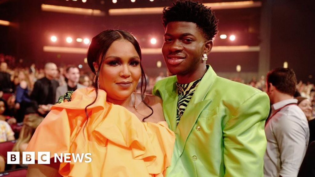 grammys 2020 seven things to watch out for and how to watch the ceremony bbc news grammys 2020 seven things to watch out
