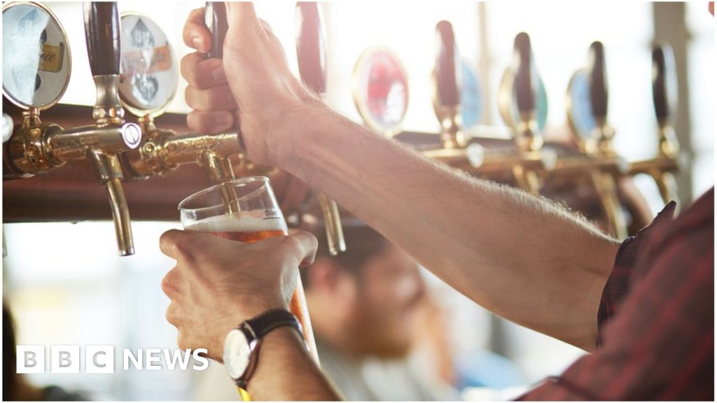 , Pub chain JD Wetherspoon reveals first loss since 1984, Saubio Making Wealth