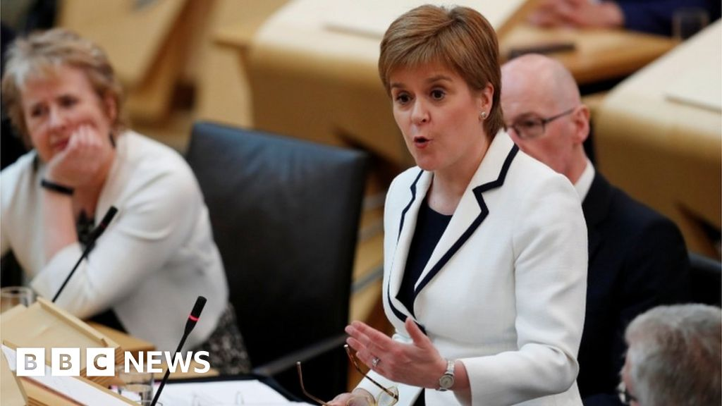 Scottish independence: Sturgeon wants indyref2 by 2021 ...