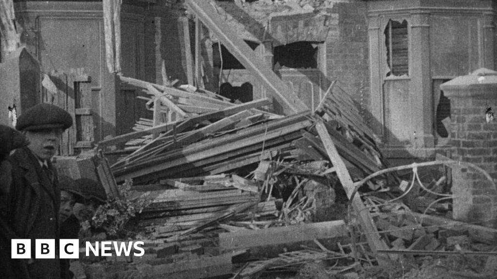 Hartlepool bombardment : Unseen footage of WWI attack found at market