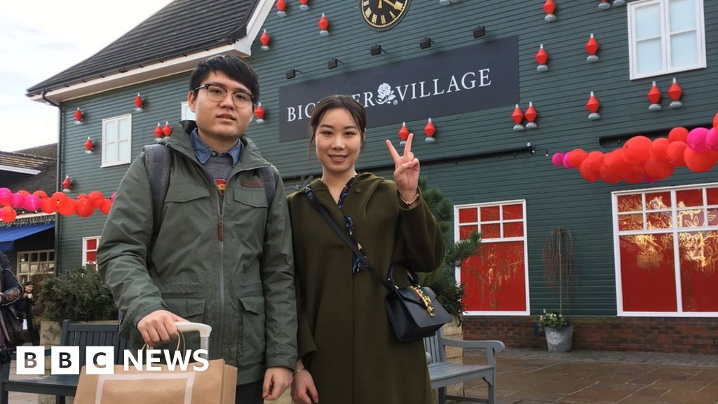 1e8d0640244d Why do the Chinese love Bicester Village? - BBC News