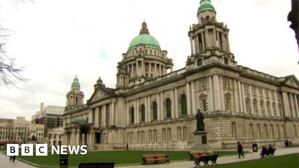 Man seriously injured in an attack in front of the Belfast City Hall
