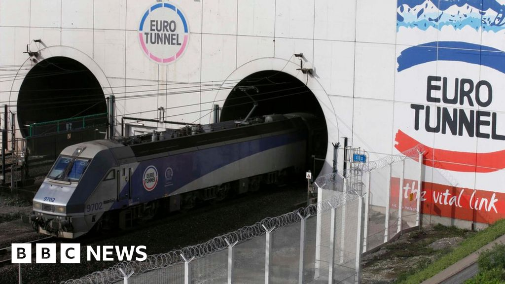 eurotunnel 2 essay You have 7 ways to get from london heathrow airport (lhr) to essay the cheapest way is bus which costs $67 the quickest way is drive and eurotunnel which takes 5½ hours.