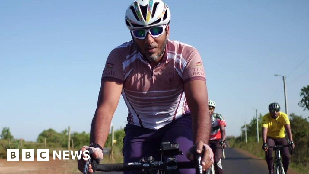 Hajj pilgrims cycle from Nairobi to Mecca