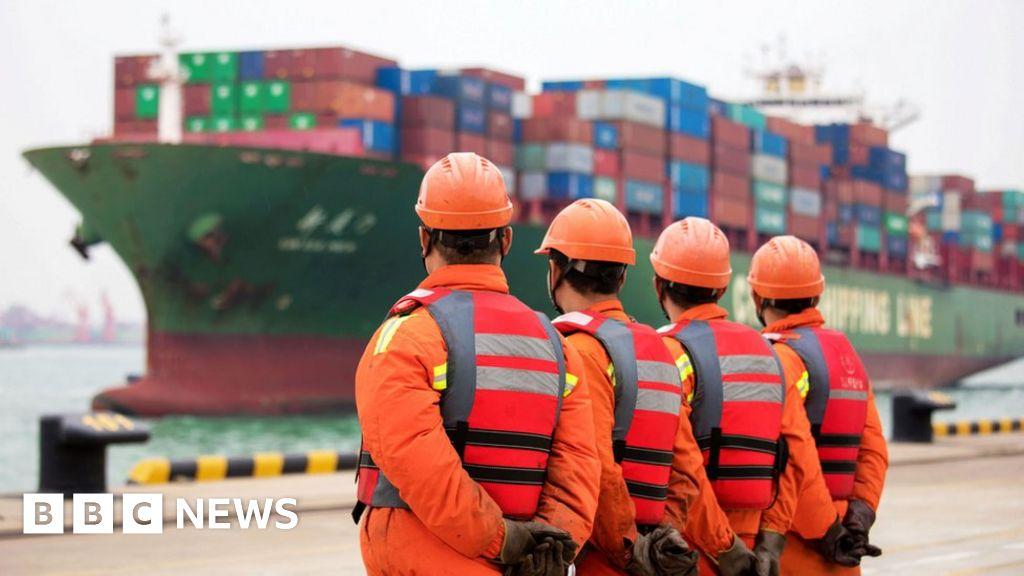 China escalates US trade row with new tariffs