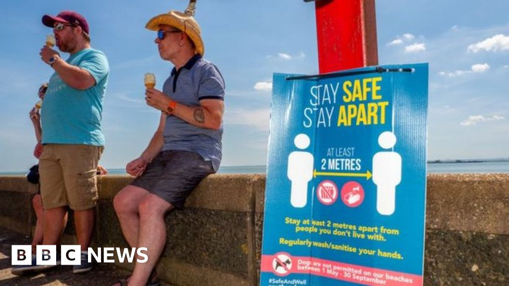Coronavirus: FM warns Scots against taking UK holidays for now thumbnail