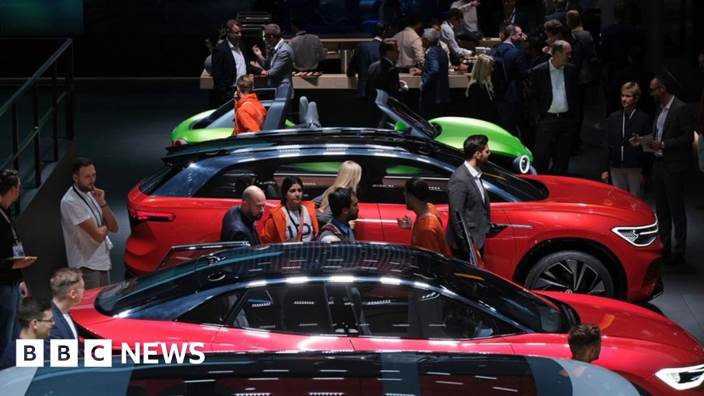 Frankfurt Motor Show: Love, hate and electric cars