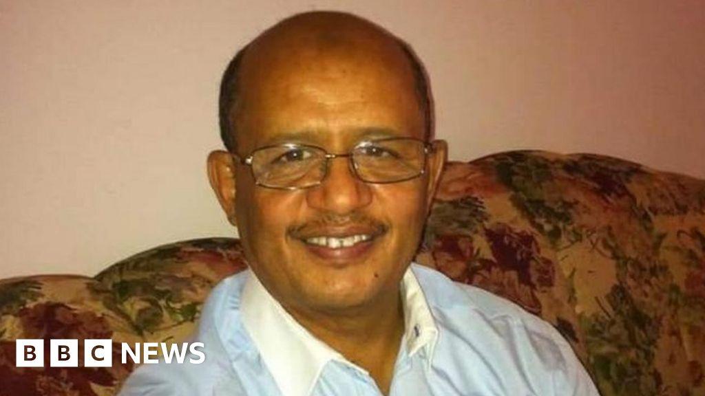 First working NHS surgeon dies from coronavirus