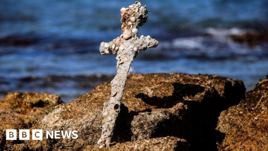 Diver finds 900-year-old crusader sword off Israel s coast