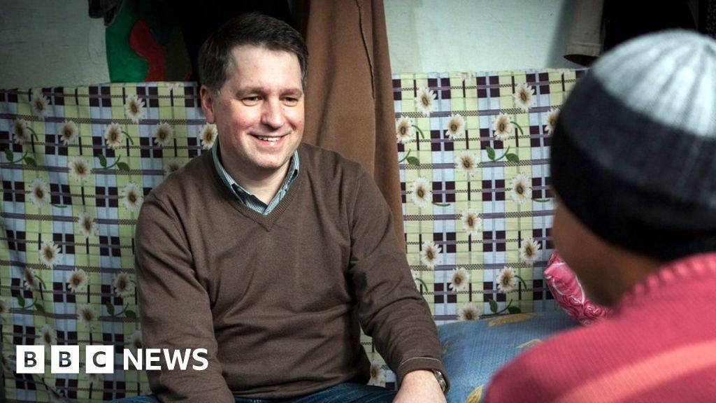 Ex-Save the Children boss 'faced complaints'
