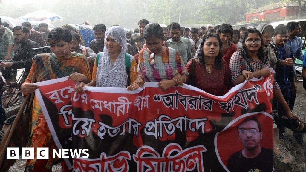 Abrar Fahad: Killing of Bangladesh student triggers protests