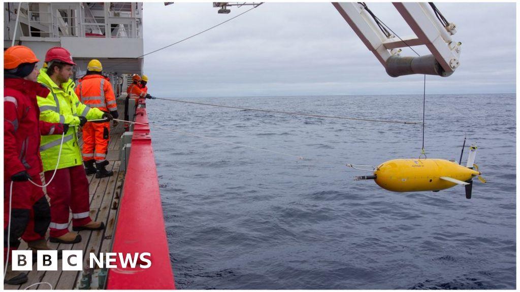 Boaty McBoatface' submarine returns home - BBC News