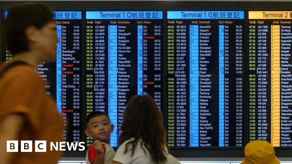 HK flights resume as airport restricts protesters