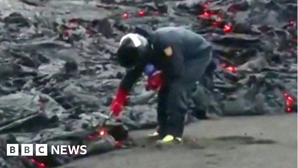 Spanish scientists study La Palma lava samples