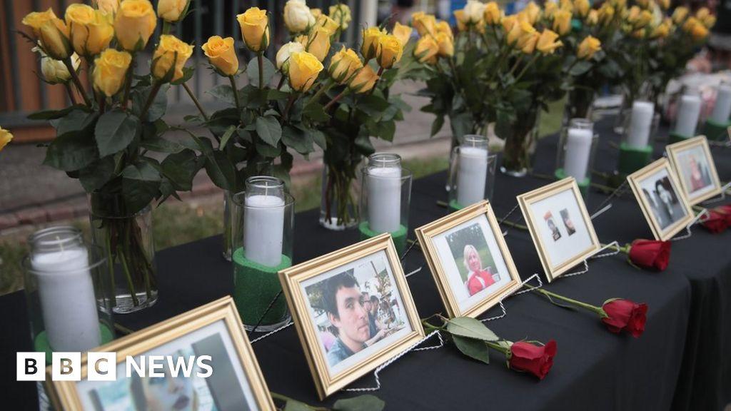 101656141 santafevictims - Sante Fe sufferer'had rejected suspect'
