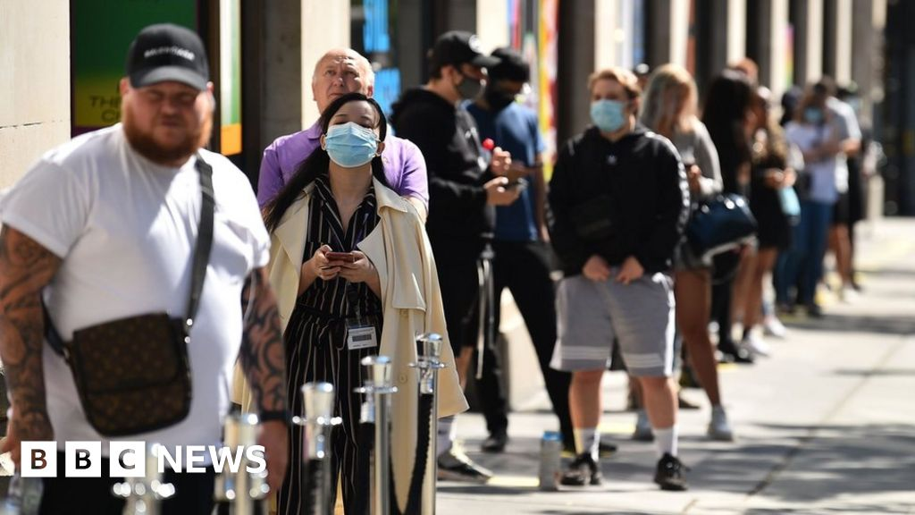 "Coronavirus: R-number ""lower than expected"" prior to lockdown subsided in England"