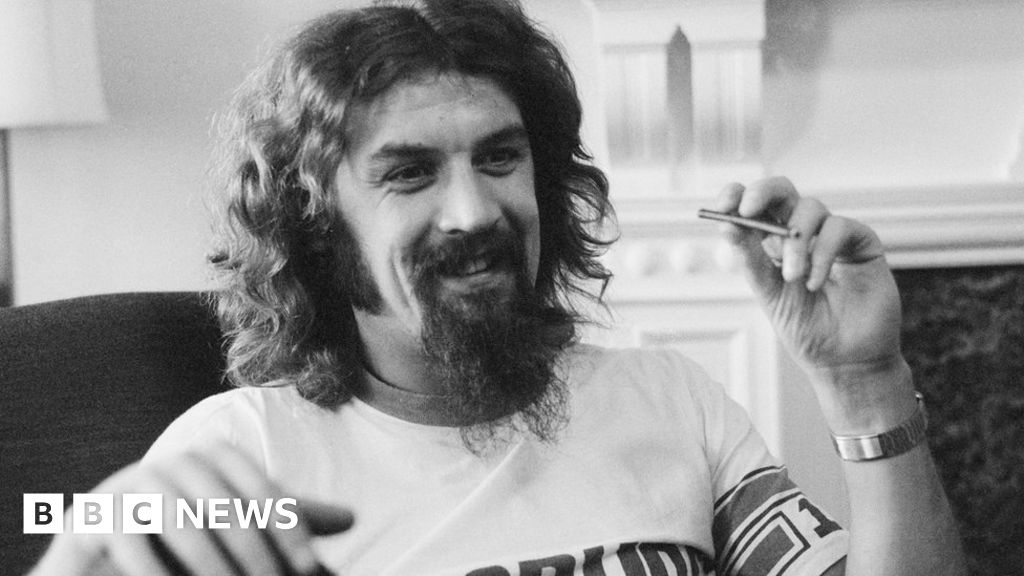 Billy Connolly: Will the Big Yin s statue ever find a home?