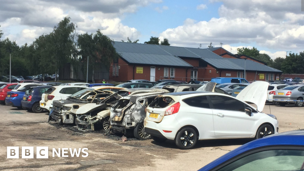 Birmingham Prison Armed Men Set Cars On Fire Outside Jail