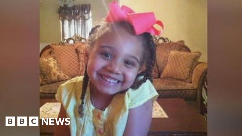 Payton Summons: Girl at centre of life support battle in Texas dies
