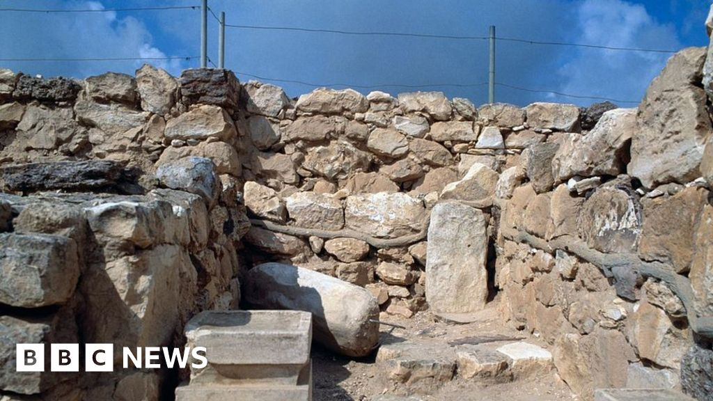 post-image-Ancient Israelites 'burned cannabis in worship'