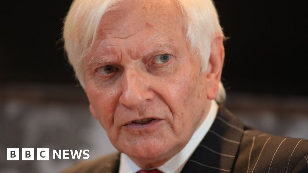 Harvey Proctor calls for investigation into findings police 'misled' judge
