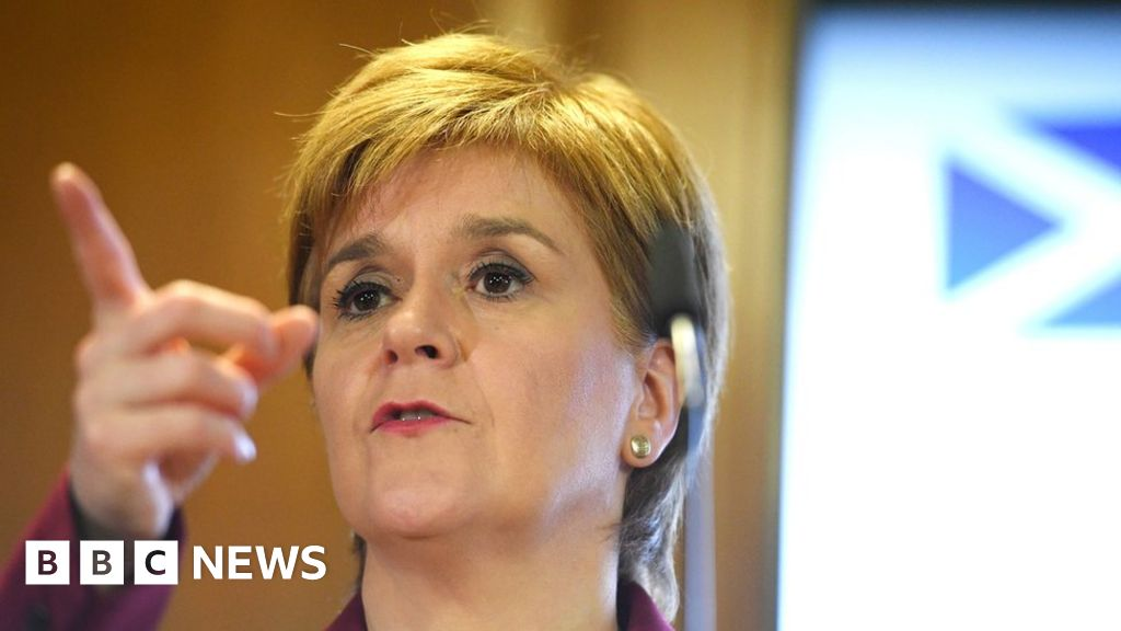 Nicola Sturgeon: Independence within  touching distance