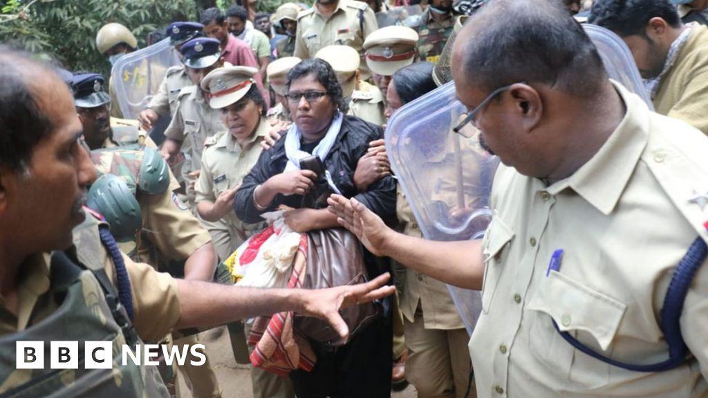 Women take historic step into India shrine