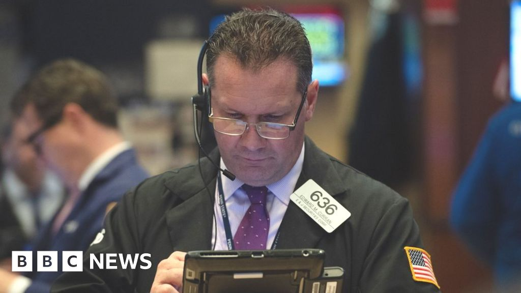 Europe markets calm after Asia and US sink - BBC News