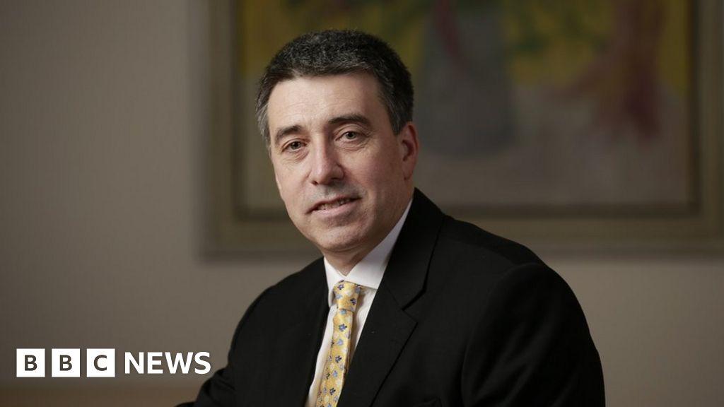 Santander boss named in RBS scandal