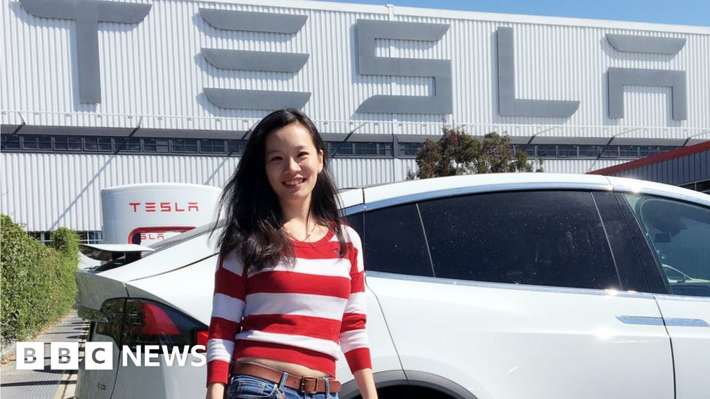 The uncertain future for China's electric car makers
