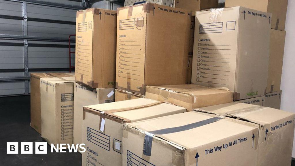 Cardboard 'in people's garages causing shortage' - BBC News