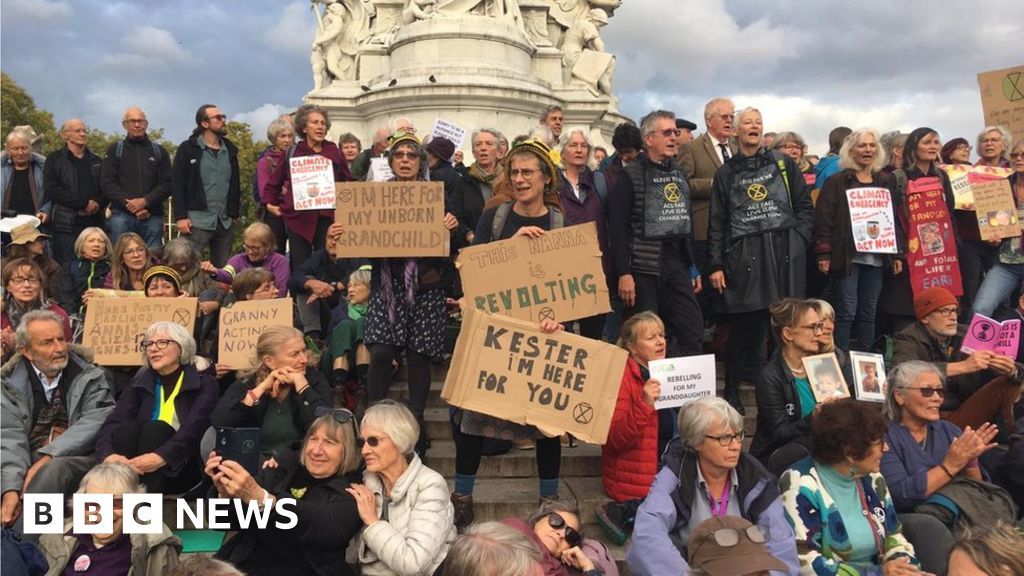 Extinction Rebellion Grandparents: Our generation is partly responsible