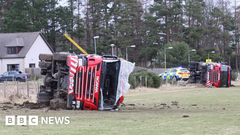 Firefighters injured in 999 crash after engines leave road near